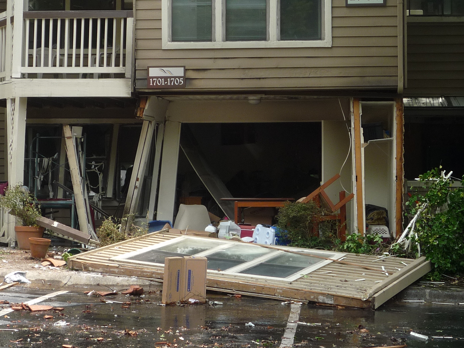 Investigation Continues On Apartment Explosion Reporter Newspapers