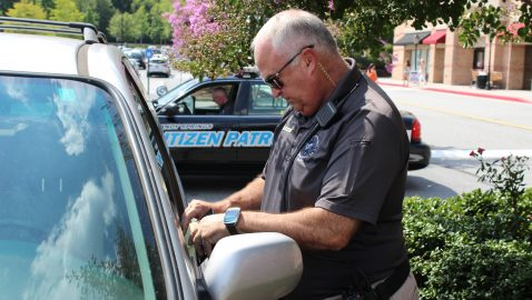 Volunteers lend police a hand with SSPD's Citizens on Patrol program