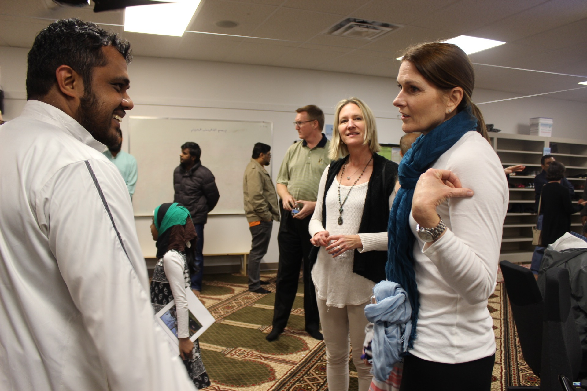 'Visit a Mosque Day' in Dunwoody brings cultures together