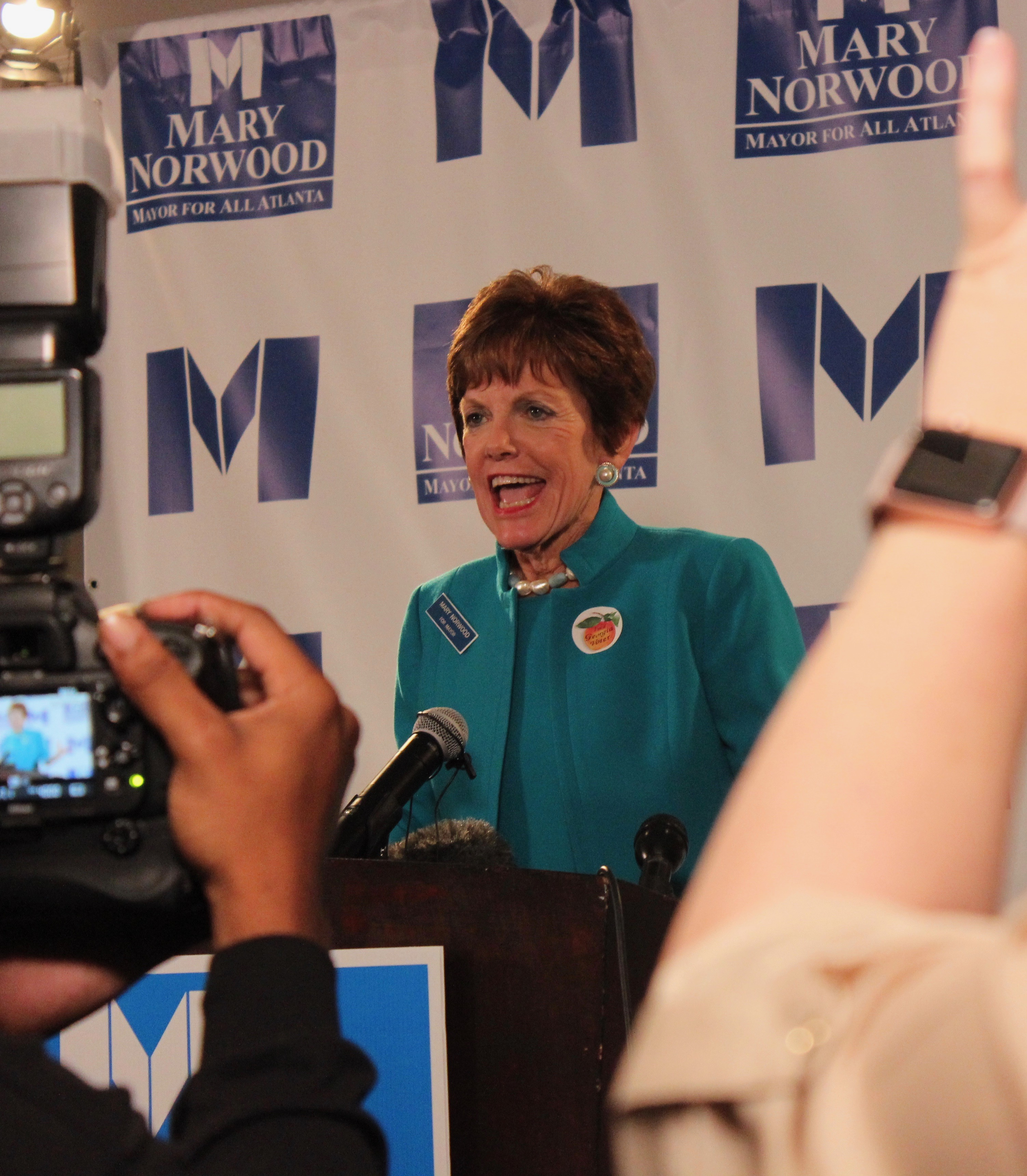 Atlanta Mayoral Race Results >> Atlanta mayoral election headed to runoff; council seats decided - Reporter Newspapers