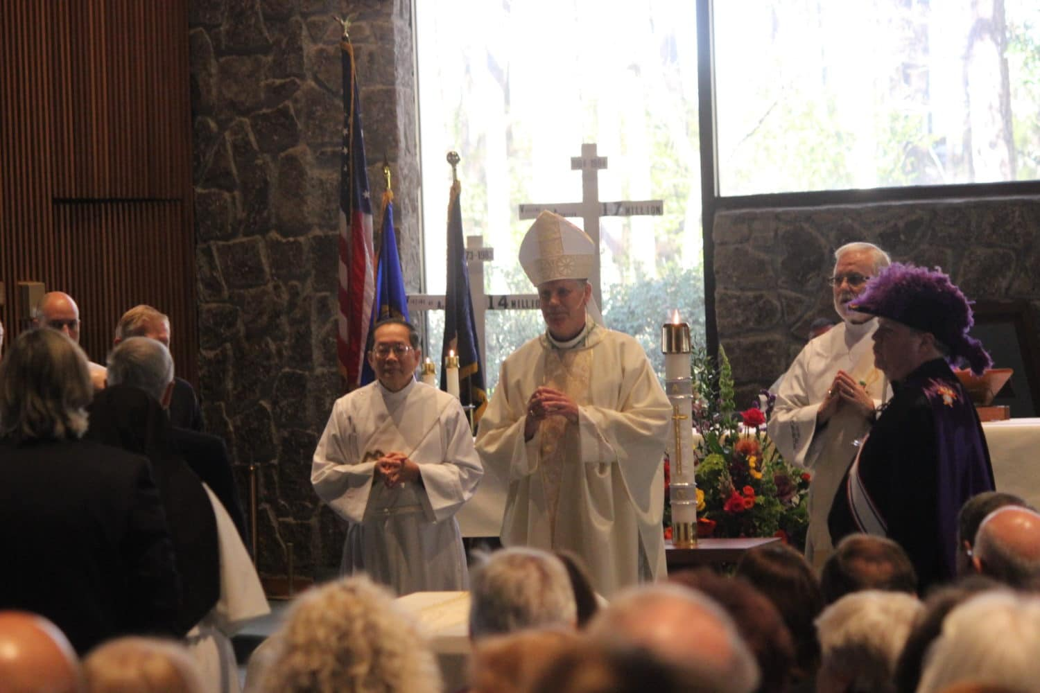 Photos: Hundreds attend Dunwoody funeral Mass for Msgr
